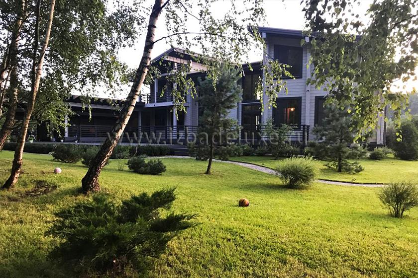 Строительство загородного дома по проекту «Чеховская усадьба» — 612,46 кв.м.
