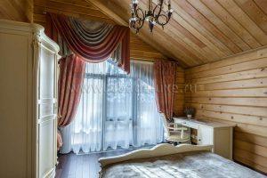 Обновлены фотографии интерьера Загородной резиденции из кедра Ярисс.