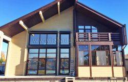 Классный фасад! Окна - пятый фасад дома. Хотя считается, что пятый - кровля.