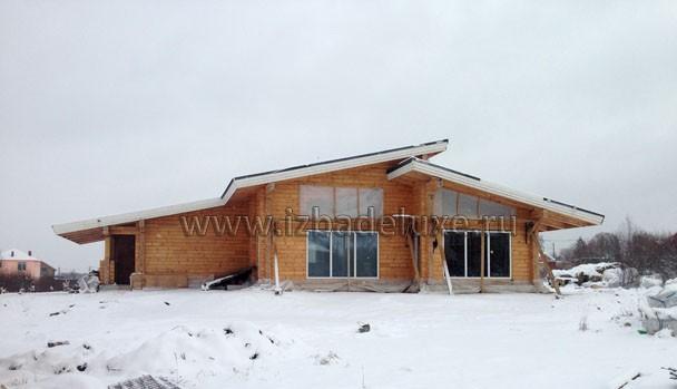 Одноэтажный дом из клееного бруса по проекту «Дом у большой воды-2».