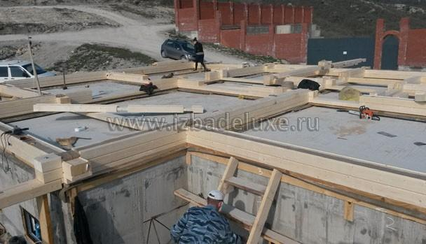 Фундамент выполнен силами местных специалистов.