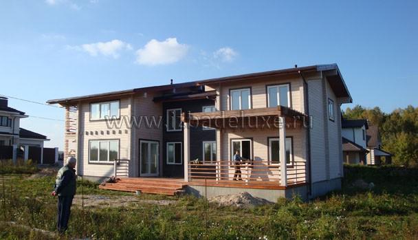 Строительство загородного дома из клееного бруса по проекту Анжелика