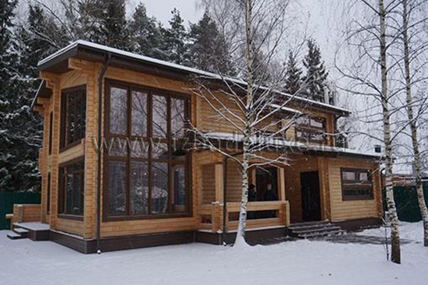 Строительство дома из кедра по проекту Полесье.