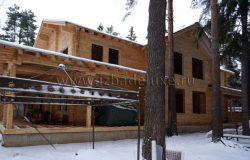 Вот такой дом! В снегу :) Сейчас ждем окна, начали работы по черновой отделке.