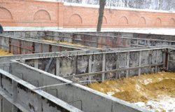 Баня строится по индивидуальному проекту.