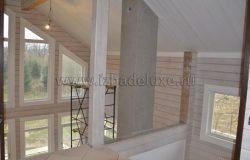 Белый цвет все-таки так украшает и дает объем помещениям.