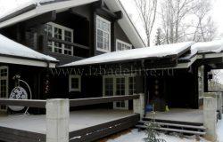 В снегу...
