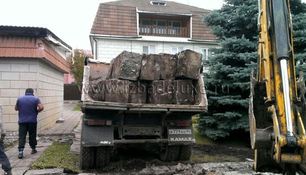 Вывоз блоков.