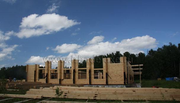 Фото здания из клееного бруса.