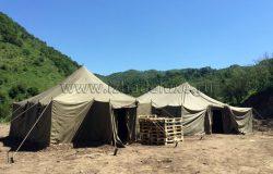 Бытовой городок :) Армейские палатки.
