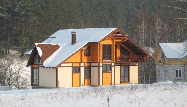 Комбинированный дом из клееного бруса, коттеджный поселок