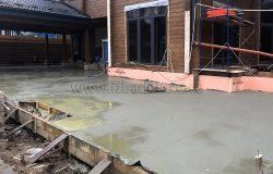 Свежий бетон с противоморозной добавкой.
