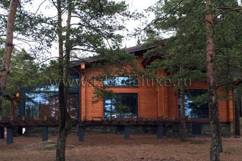 Строительство дома из кедра по индивидуальному проекту «Дом у большой воды»