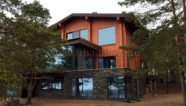 Необыкновенный дом из клееного бруса. Очень стильные решения.