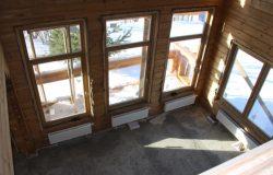 """Вид с балкона второго этажа на """"второй свет""""."""