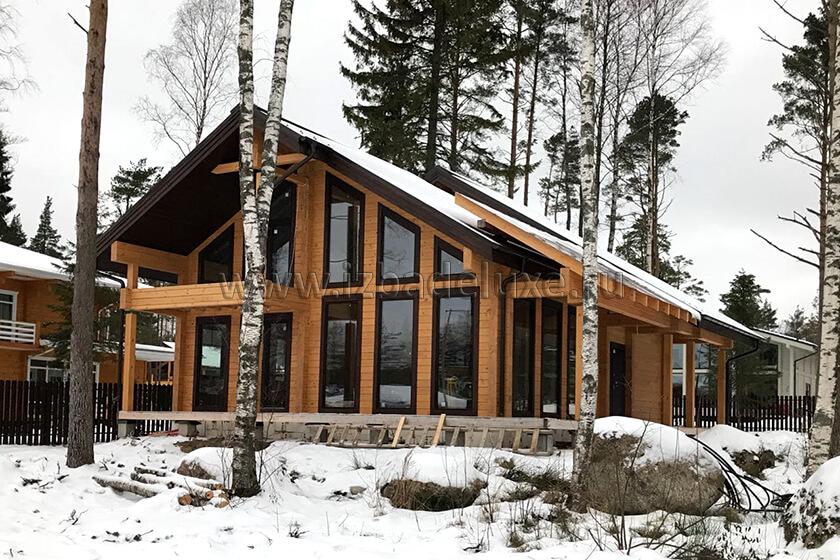 Строительство дома из клееного бруса «Зимняя сказка-15».