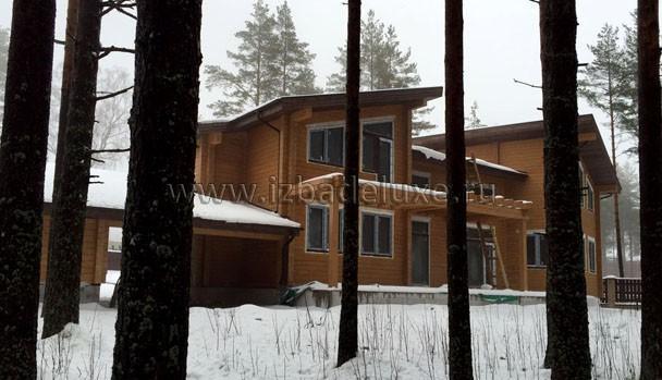 Чтобы сделать эту фотографию дома, автор чуть не утонул в снегу. :)