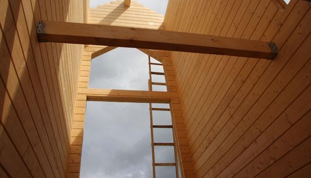 Тут будет лестница и панорамное окно.