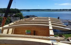 Технология изготовления грутоклееных деревянных балок - очень сложная.
