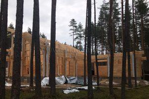 Закончена сборка домокомплекта из клееного бруса в Ленинградской области