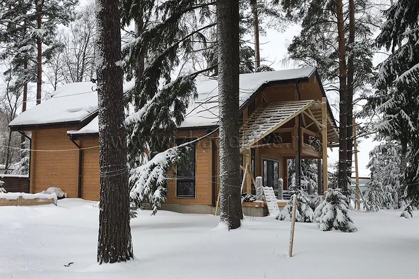 Строительство дома из клееного бруса «Зимняя сказка-16»