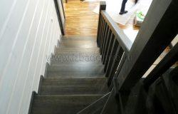 Утсановлена лестница.