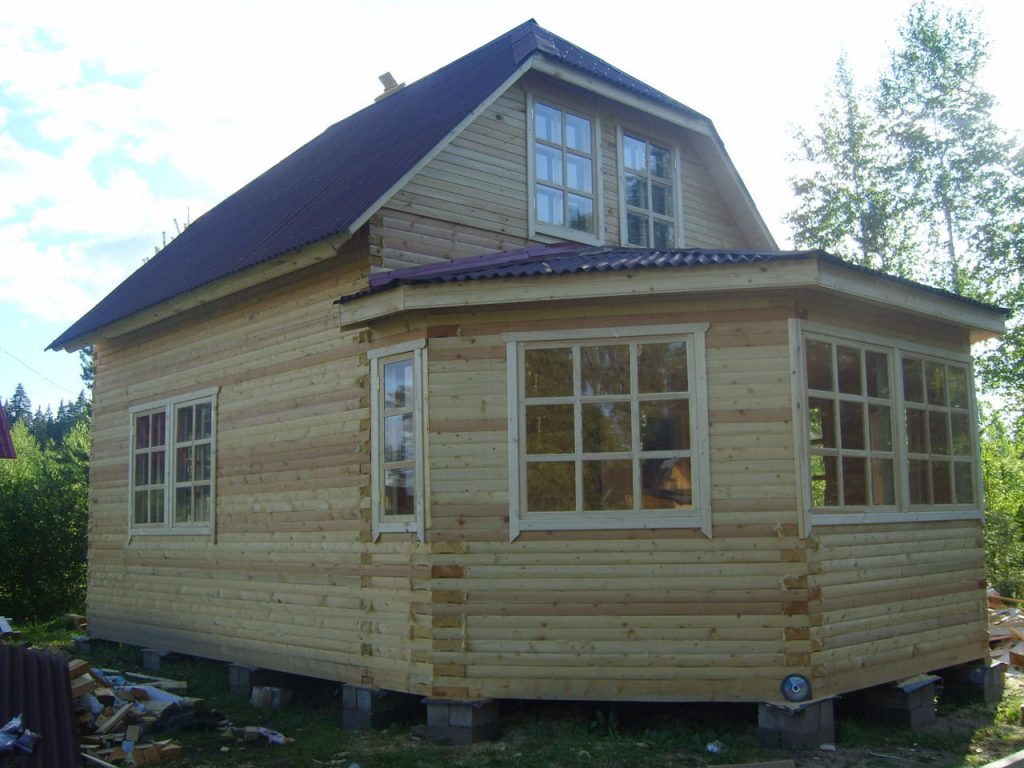 Что лучше и дешевле: построить дом или купить готовый?
