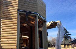 Круглый деревянный дом! :)