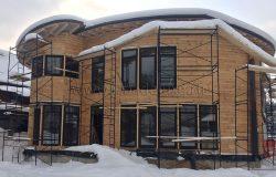 Внешний вид - не спрашивайте как мы сделали круглый дом из клееного бруса. Очень сложный проект! :)