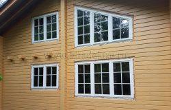 Деревянное окно из клееного брус с раскладкой выглядит так. Сделано по дизайн-проекту Заказчицы.