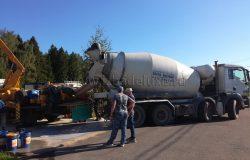 Первый миксер. Расчехляем бетононасос.