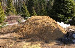 В процессе перевоза и тромбовки объем песка может уменьшится на треть... Важно, чтобы поставщик был порядочным. :)