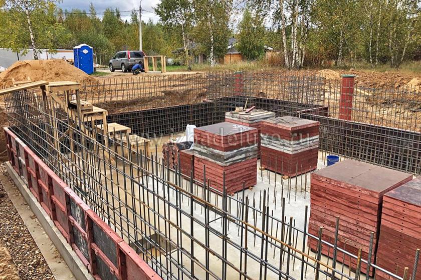 Строительство дома из клееного бруса «Усадьба с бассейном».